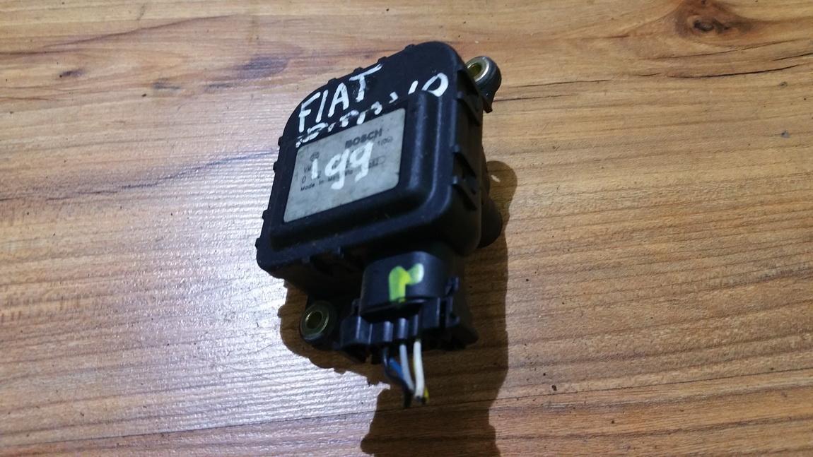 кронштейн моторчика заслонки отопителя 0132801124 882 Fiat BRAVO 2008 1.9