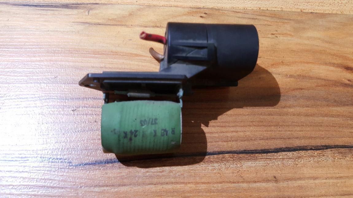 Ventiliatoriaus valdymo rele 3134503076 3 134 503 076 Opel ASTRA 1998 2.0