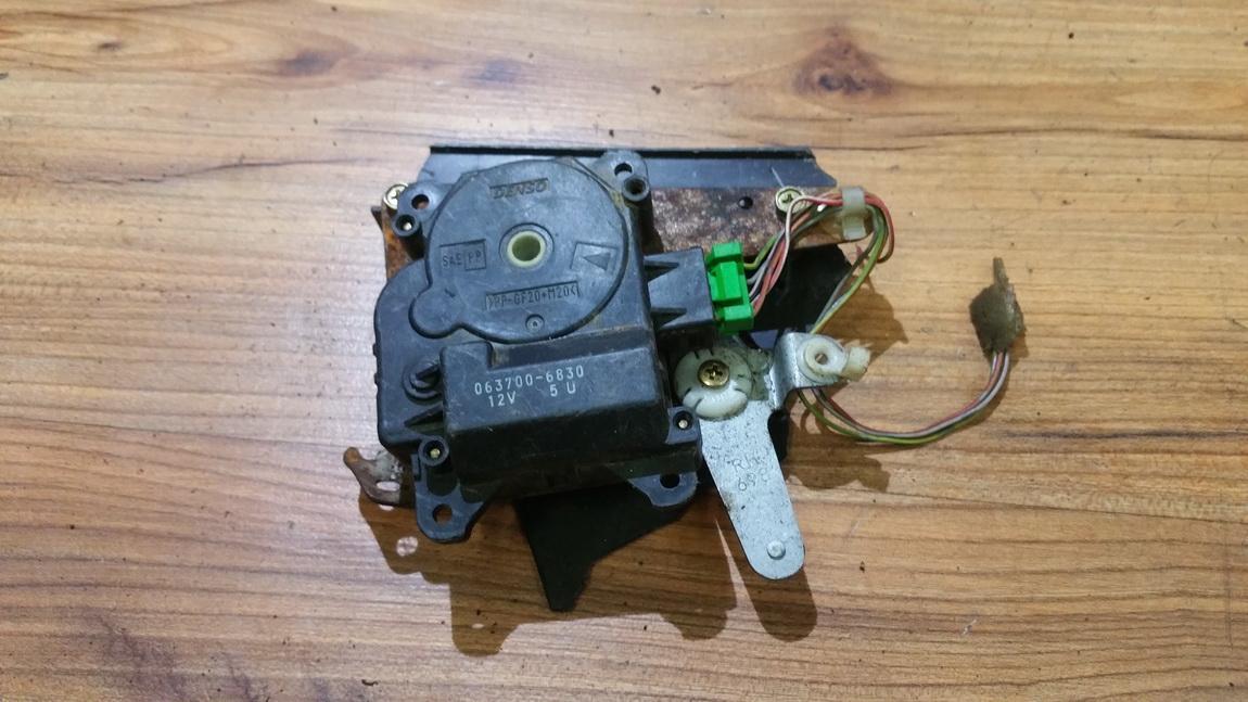 кронштейн моторчика заслонки отопителя 0637006830 063700-6830, 5u Honda ACCORD 1996 1.8