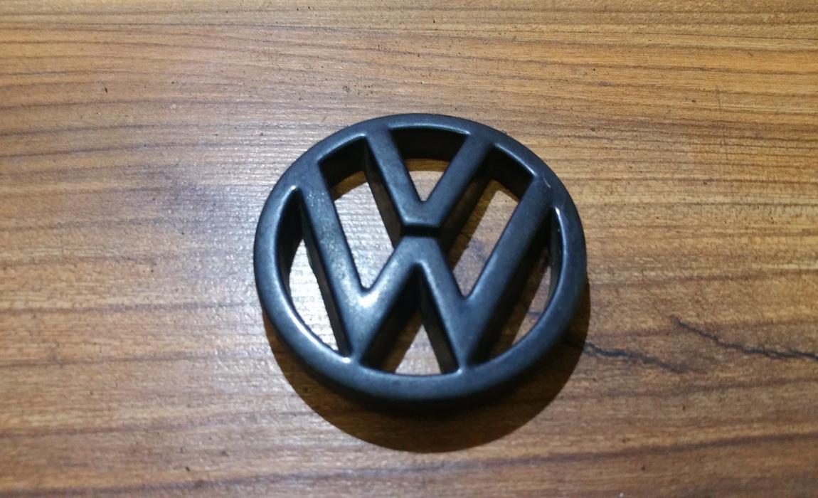Galinis zenkliukas (Emblema) NENUSTATYTA n/a Volkswagen GOLF 1998 1.9