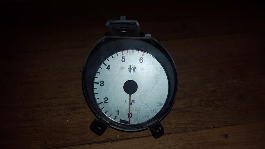 Spidometras - prietaisu skydelis 60658091 6850849921 Alfa-Romeo 156 1999 1.9