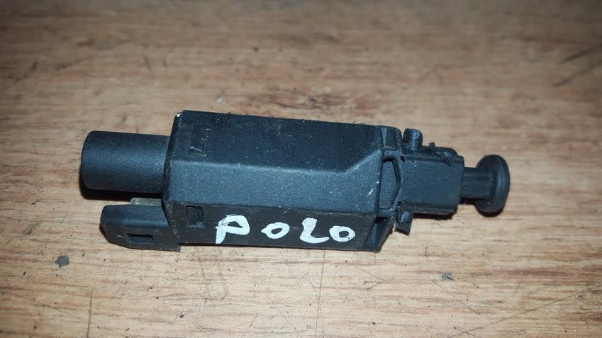 Stabdziu zibintu daviklis (rele-varlyte) NENUSTATYTA n/a Volkswagen POLO 1996 1.0