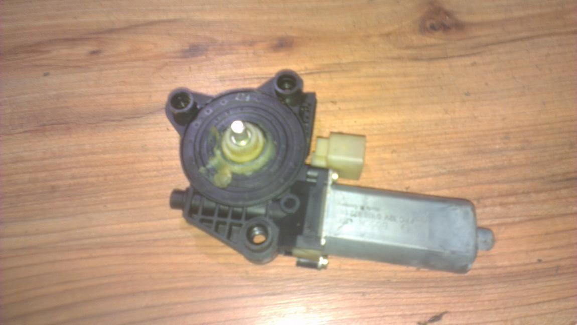 Duru lango pakelejo varikliukas G.D. 2038203042 104047-xxx Mercedes-Benz C-CLASS 2002 2.7
