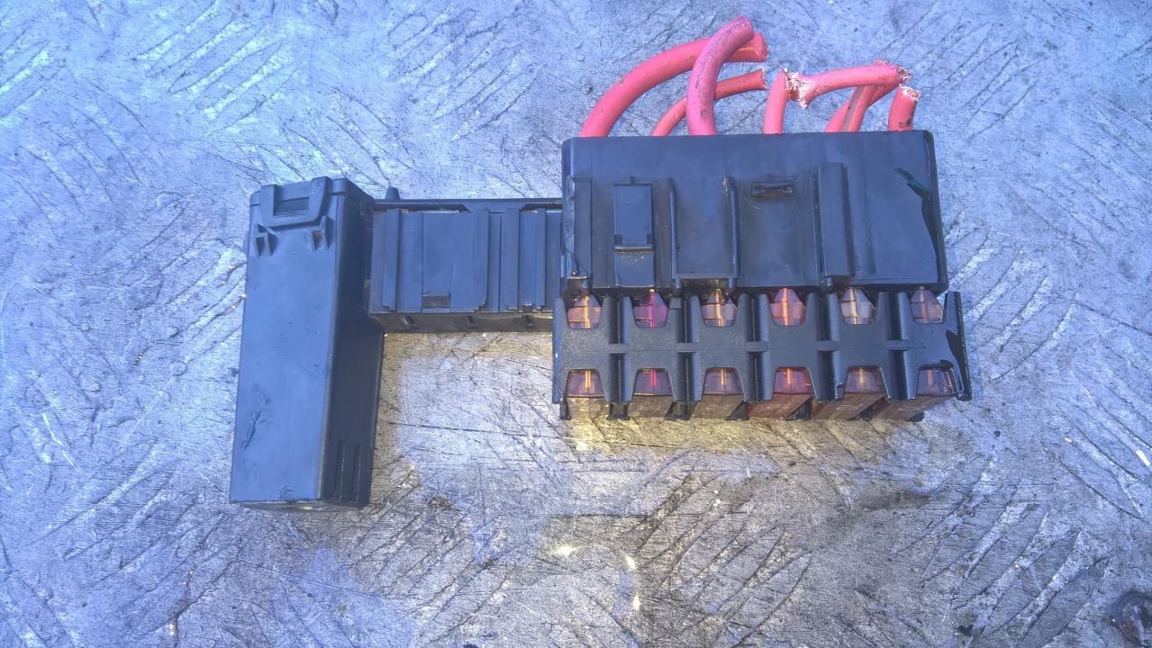 15445991 1544599 1 Fuse Box Renault Scenic 2005 16l 6eur Cobalt Eis00096014
