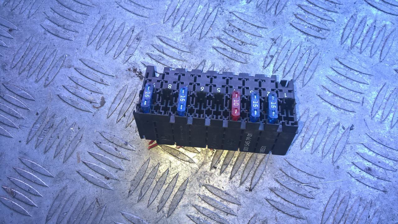 0015457901 18551 Fuse box Mercedes-Benz E-CLASS 2001 3.2L 10EUR EIS00096038