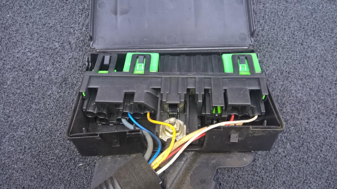 9632229480 Fuse Box Peugeot 206 2002 14l 20eur Eis00096564 Used Where