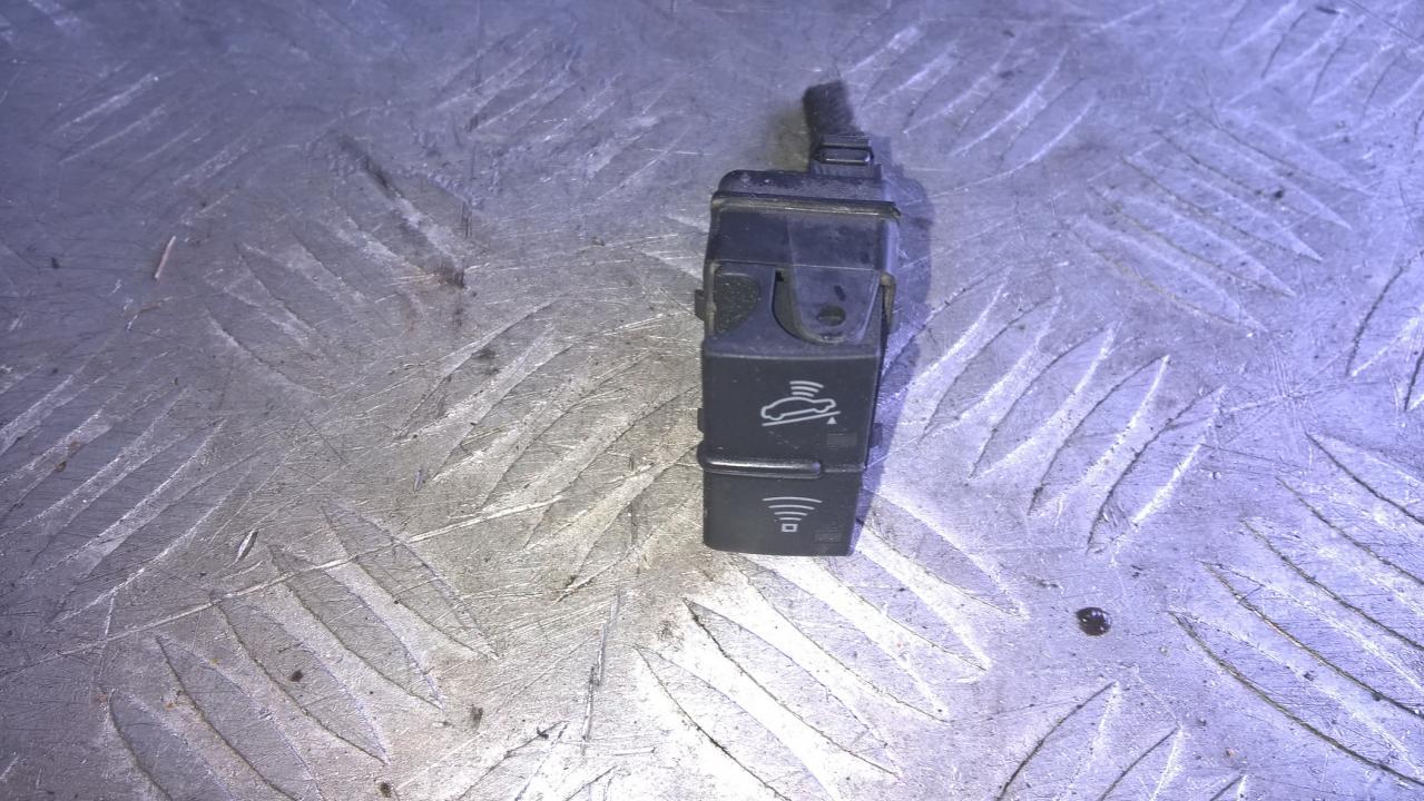 Signalizacijos isjungimo mygtukas 8E2962109 NENUSTATYTA Audi A4 1995 1.6