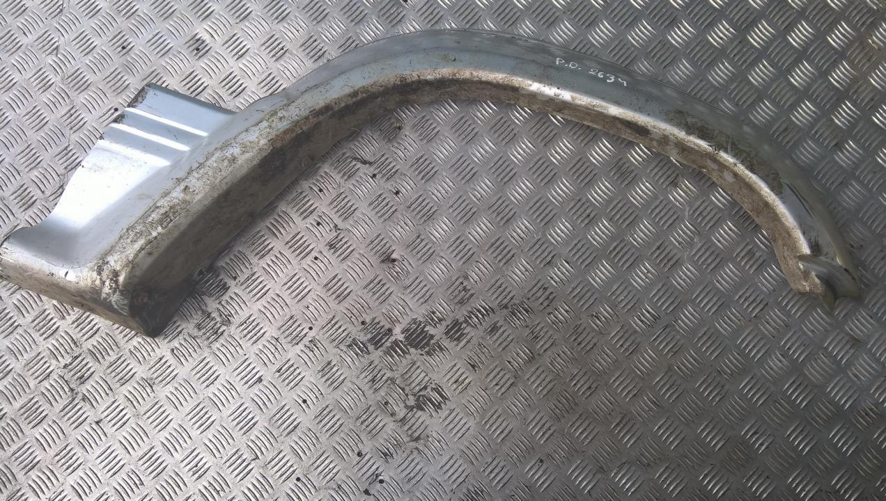 Right front Wheel Arch (fender) Trim Mitsubishi Pajero 1993    3.0 MB679792