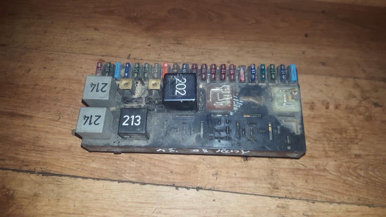 443941822a n/a Fuse box Audi 80 1994 2.3L 20EUR EIS00098774