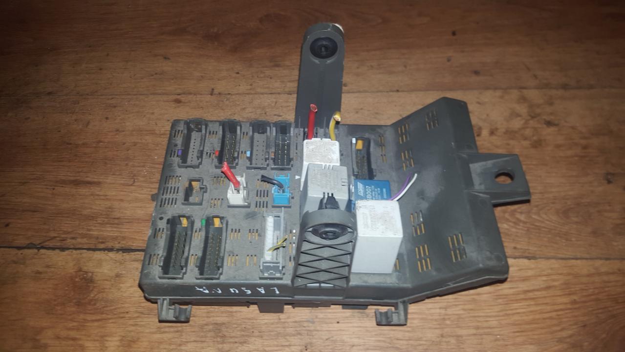 7703197962 R2 Fuse Box Renault Laguna 1996 18l 29eur Eis00098782 Cover