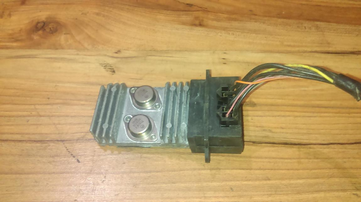 Peciuko reostatas (ezys) (ventiliatoriaus rele) NENUSTATYTA NENUSTATYTA Renault MEGANE 2000 1.6