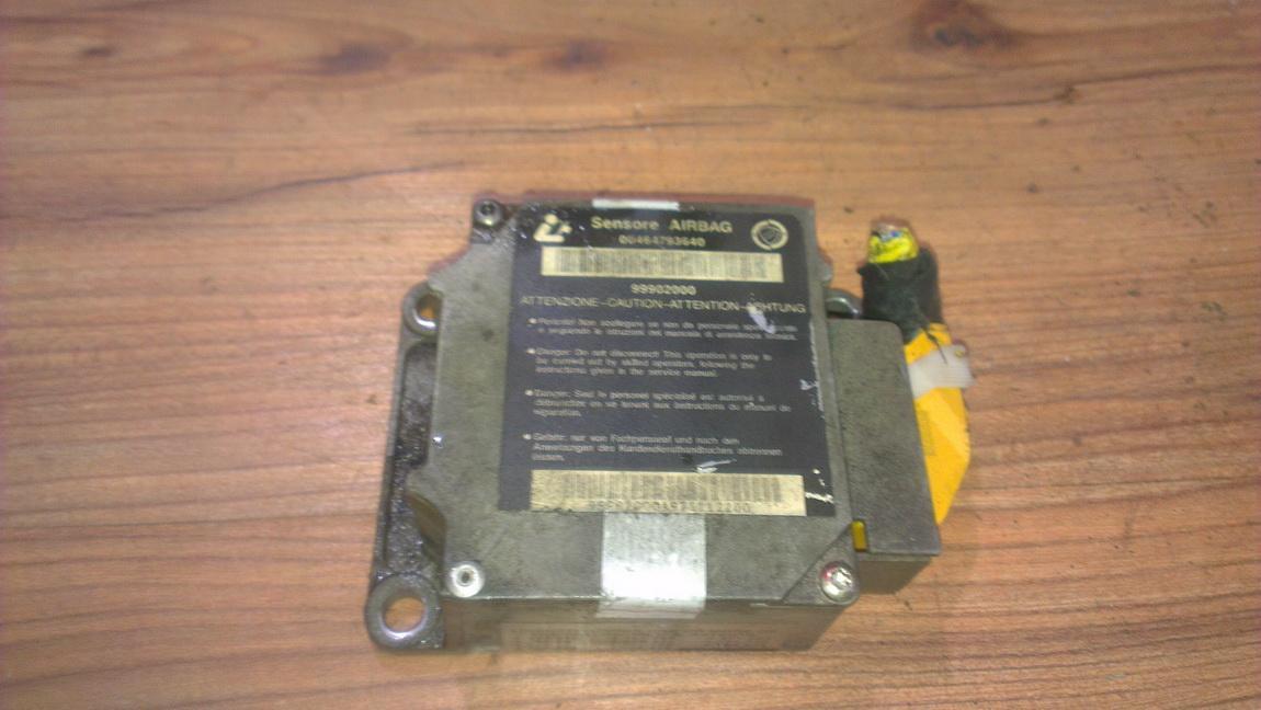Блок управления AIR BAG  00464793640 99902000 Fiat BRAVO 2008 1.9