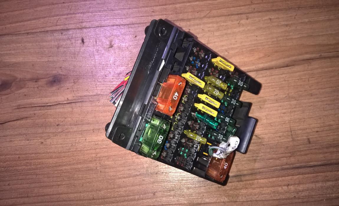 Fuse box opel omega 1996 20l 10eur eis00052657 used parts shop fuse box opel omega b 199403 199909 publicscrutiny Image collections