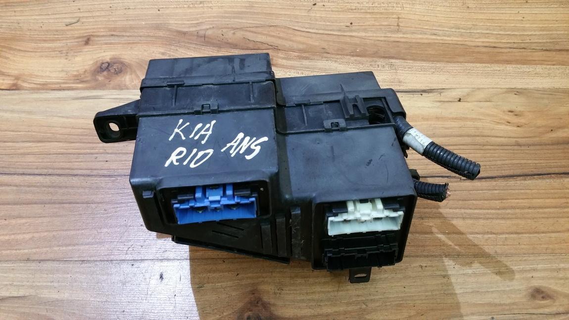 91230fd130 91230-fd130, 050118157 Fuse box Kia Rio 2002 1.5L 14EUR on