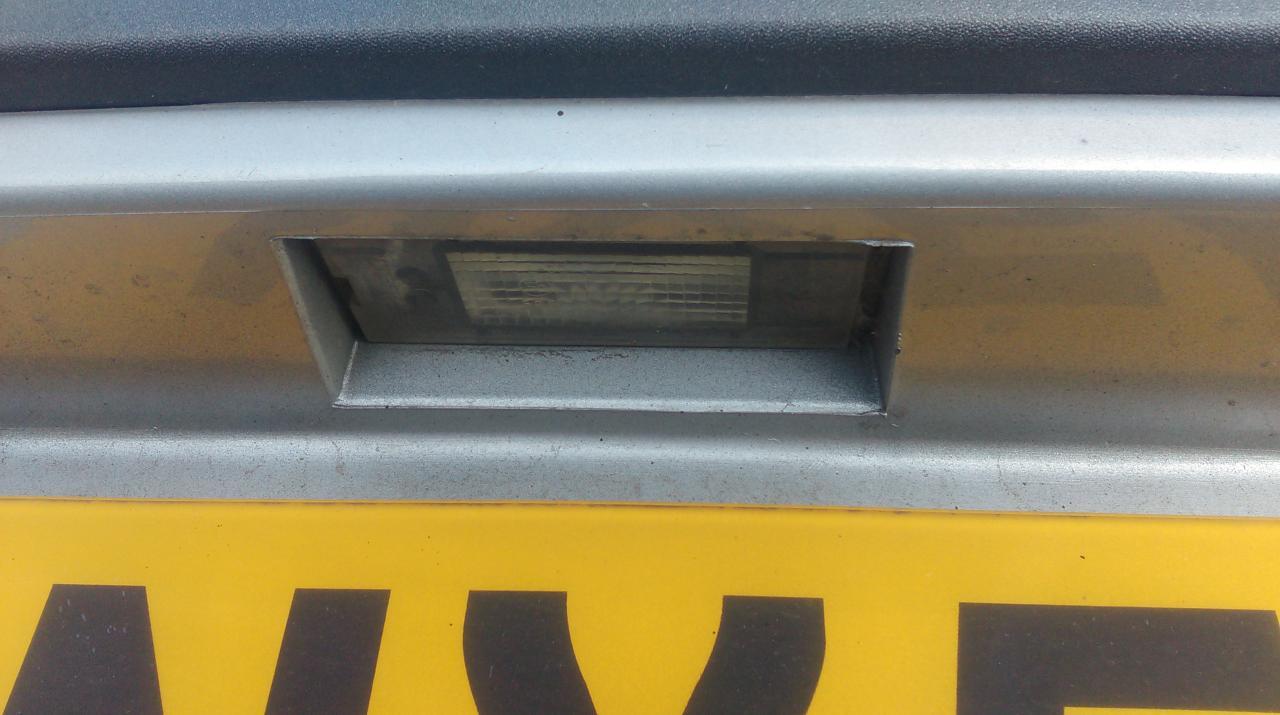 Numerio apsvietimas NENUSTATYTA NENUSTATYTA Renault LAGUNA 1996 2.0