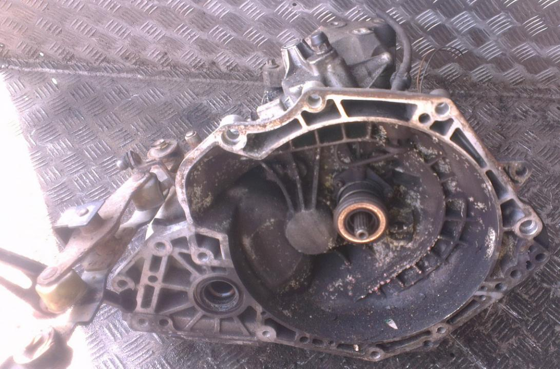 Gearbox 90575142 nenustatyta Opel ASTRA 1994 1.7