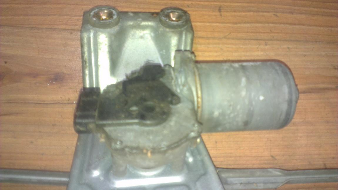 Priekinis langu valytuvu varikliukas NENUSTATYTA nenustatyta Ford FIESTA 2009 1.3