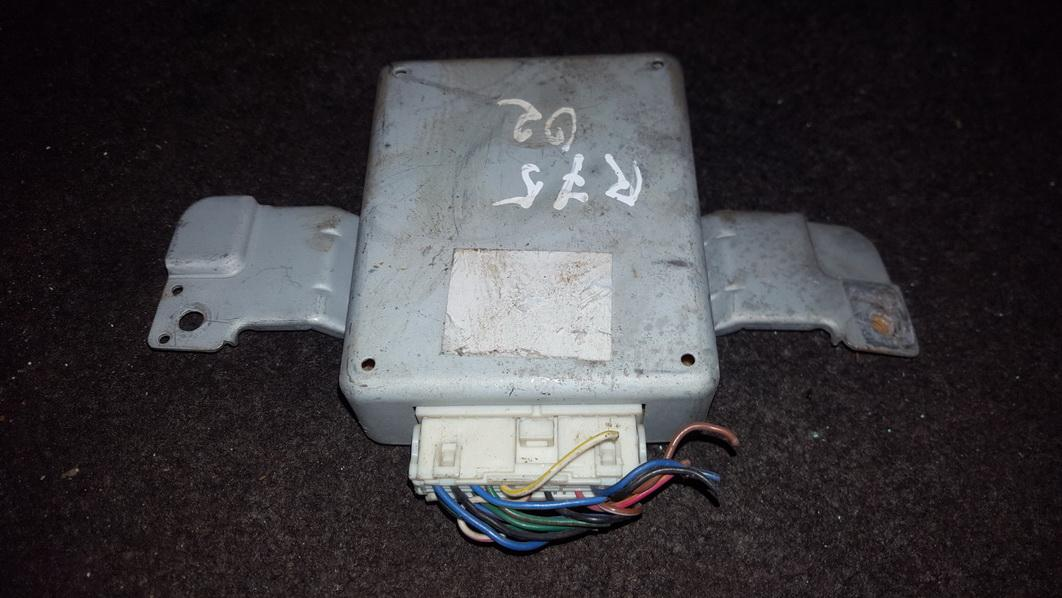 Kiti kompiuteriai NENUSTATYTA n/a Rover 75 1999 2.0