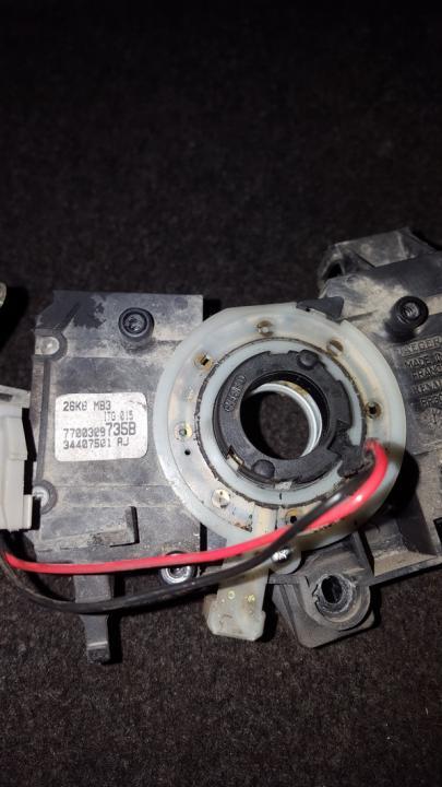 Vairo kasete - srs ziedas NENUSTATYTA n/a Renault KANGOO 1999 1.2