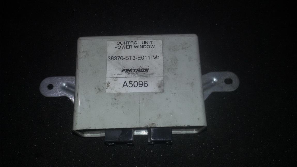 Electric window control unit Rover 400-Series 1999    1.6 38370ST3E011M1