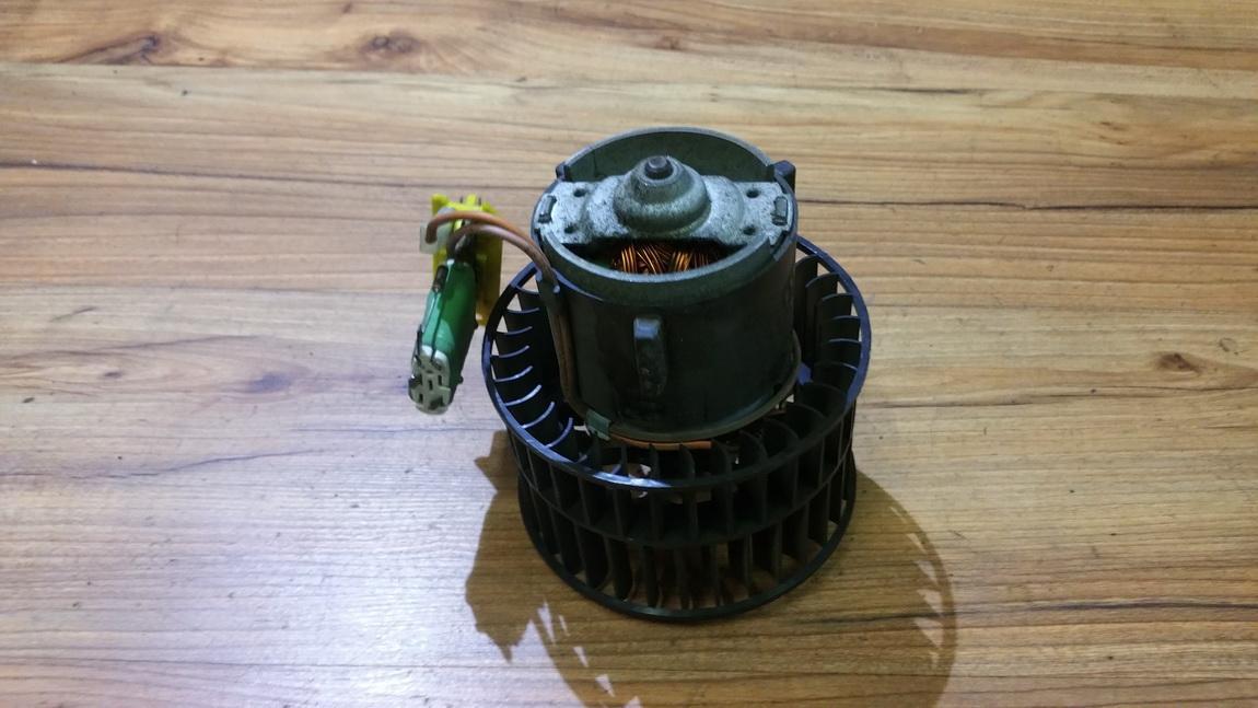 Salono ventiliatorius 52463000 17360007 Opel TIGRA 1997 1.4