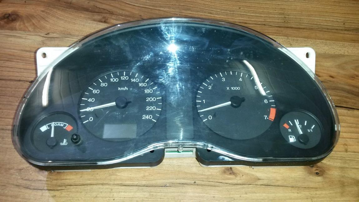 Spidometras - prietaisu skydelis 7m1919863a vgbf1033614 Ford GALAXY 1995 2.8