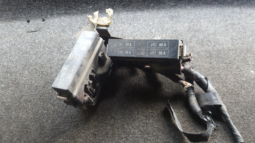 n/a fuse box alfa-romeo 156 1999 2 4l 9eur eis00112494