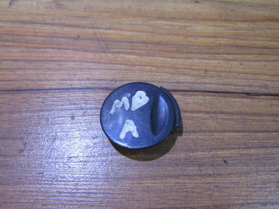 Заглушка буксировочного крюка задний a1688850381 nenustatyta Mercedes-Benz A-CLASS 1998 1.7