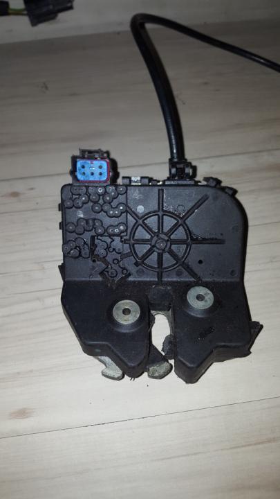 Galinio Dangcio spyna G. (kapoto) ys4a43102ba ys4a-43102-ba Ford FOCUS 2004 1.8