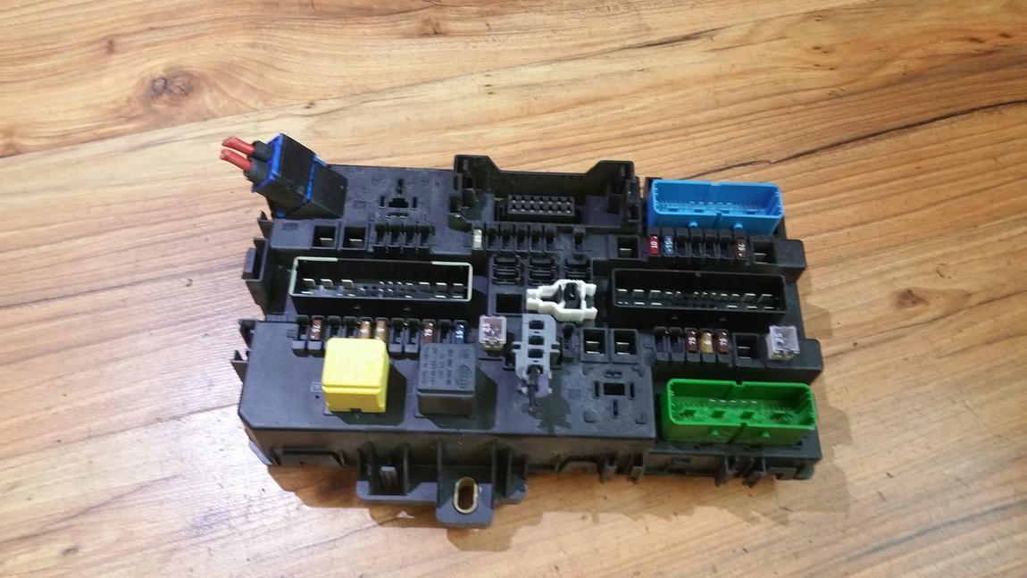 13145017 050304,5dk008669-30 fuse box opel astra 2004 1 4l 44eur eis00114736