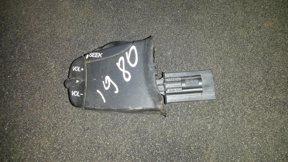 Radio (multimedijos) rankenele (mygtukai) g952a nenustatyta Ford MONDEO 2001 2.0