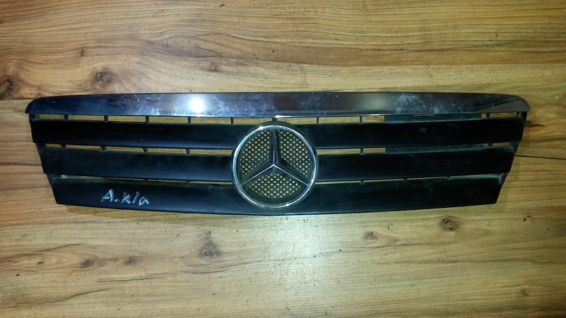 Передняя решетка (Капот) 1688800983 nenustatyta Mercedes-Benz A-CLASS 1998 1.4