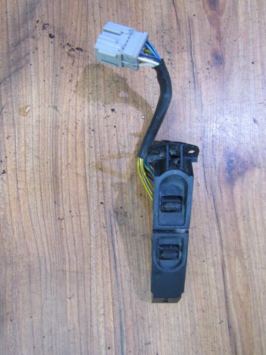 Stiklo valdymo mygtukas (lango pakeliko mygtukai) nenustatytas nenustaytas Mercury COUGAR 1998 2.5
