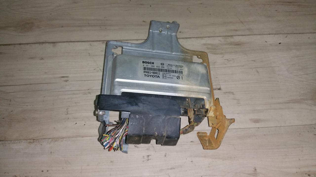 Variklio kompiuteris 0261206882 89661-0d011, 01116, 26sa7787 Toyota YARIS 2002 1.0