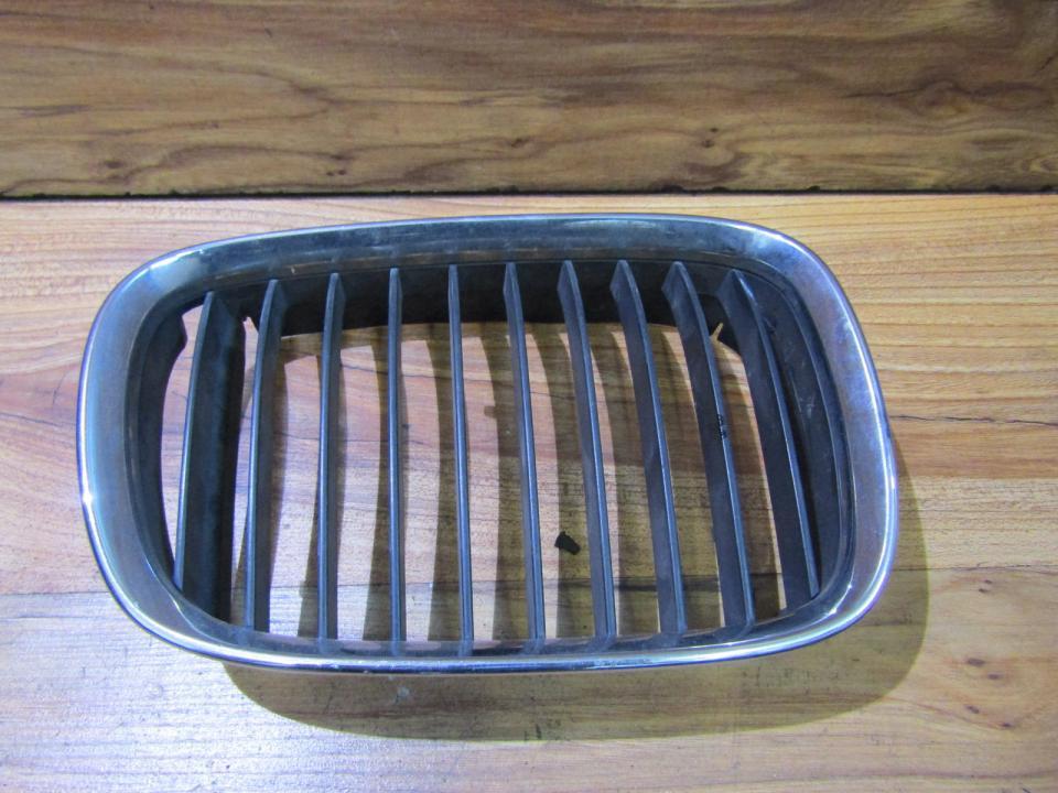 Priekines groteles 8159312 nenustatyta BMW 5-SERIES 1997 2.5