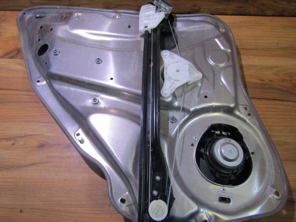 Стеклоподъемник - задний правый 981695103 nenustatytas Mercedes-Benz C-CLASS 2004 1.8