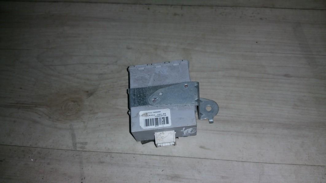 Door control relay Toyota Corolla 2002    1.4 73662712