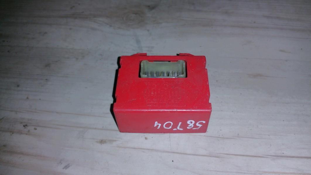 Kiti kompiuteriai 8937328020 89373-28020, 068800-1380 Toyota PREVIA 2003 2.0