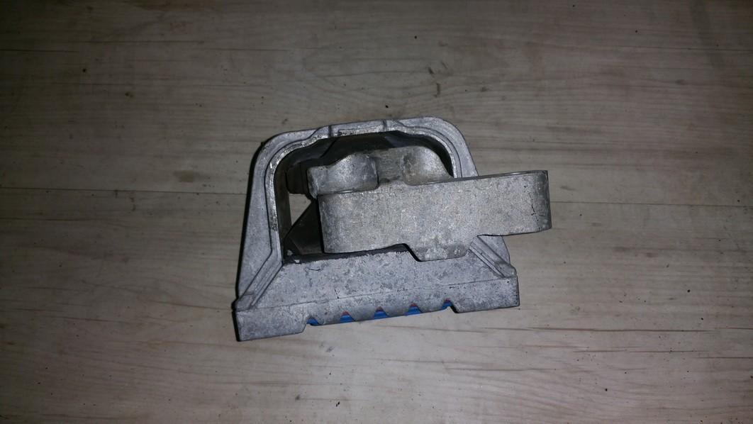 Variklio pagalves bei Greiciu dezes pagalves 1K0199262 N/A Audi A3 2001 1.6