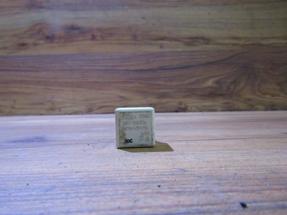 Блок электронный 87gg13k043ba v23134-n55-x156 Ford MONDEO 2001 2.0