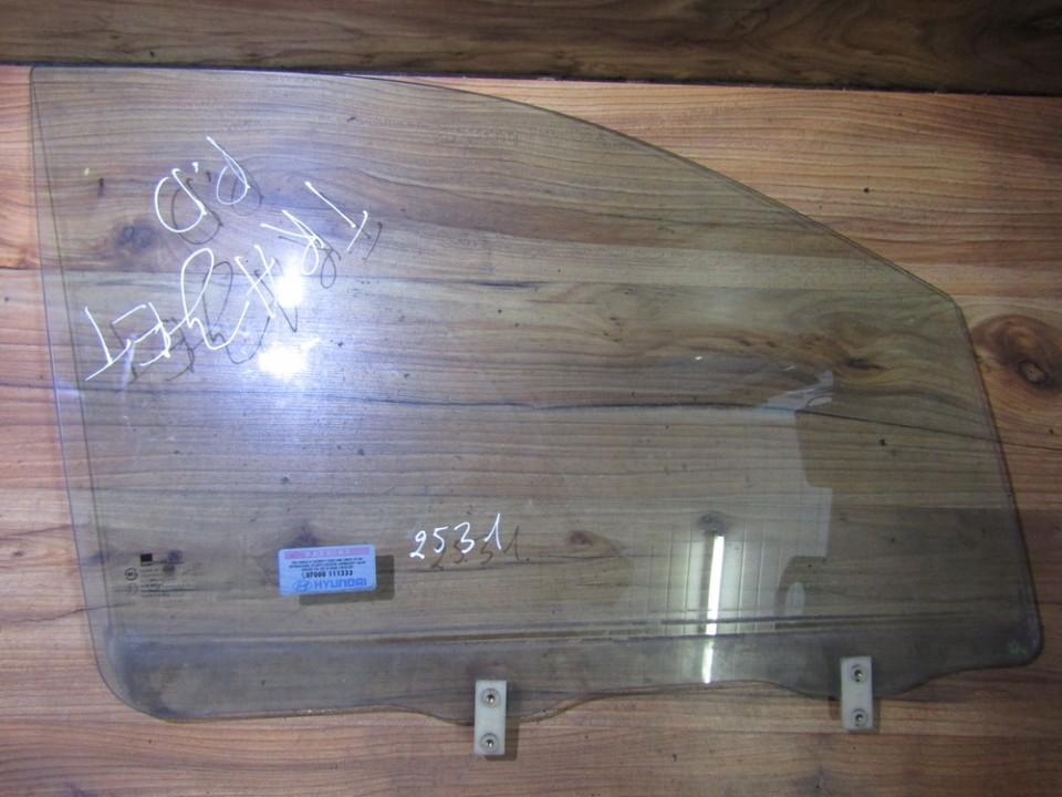 Duru stiklas P.D. nenustatytas nenustatytas Hyundai TRAJET 2003 2.7