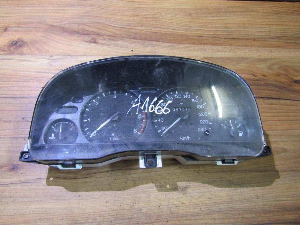 Spidometras - prietaisu skydelis 98bp10c956hb 43-1446-b Ford MONDEO 2001 2.0