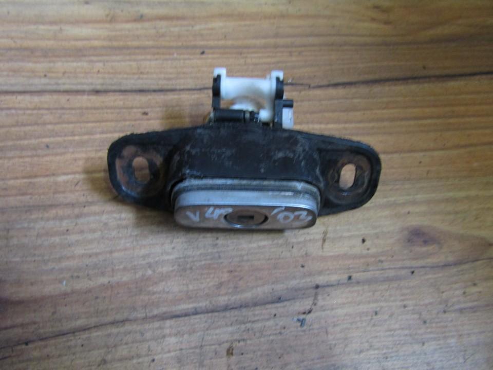 Galinio Dangcio spynele G. (kapoto) nenustatytas nenustatytas Volvo V40 1998 1.9