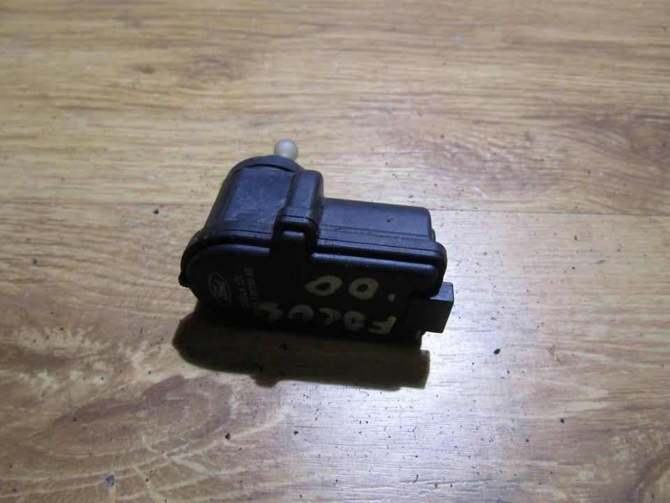 Zibinto aukscio reguliatorius (korektorius) xs4x13k198ab n/a Ford FOCUS 2001 1.8