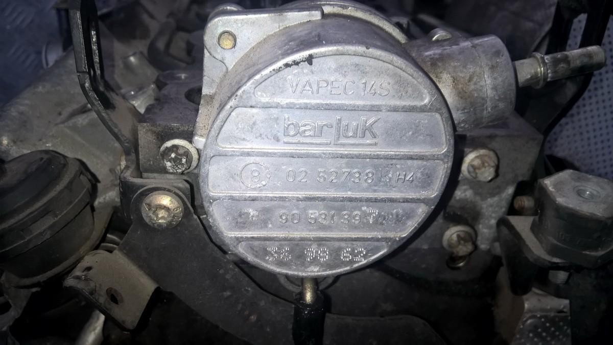 Насос вакуумный 90531397 02527381 Opel VECTRA 2006 1.9