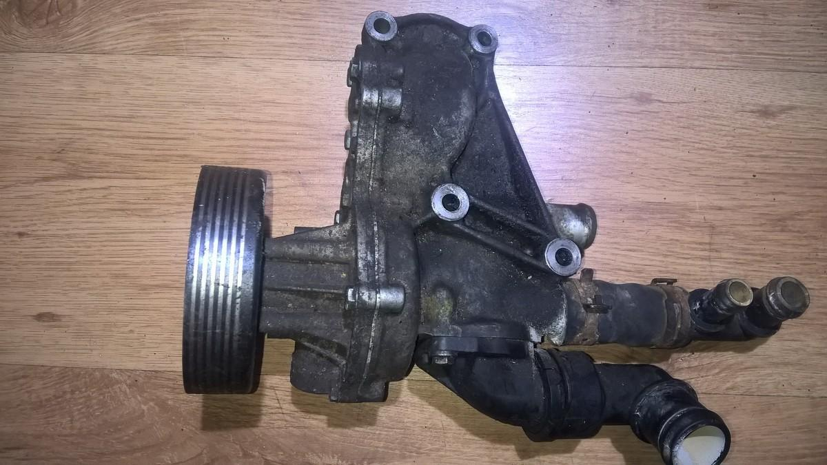 Vandens pompa (siurblys) 037121013a nenustatyta Volkswagen GOLF 2006 1.6