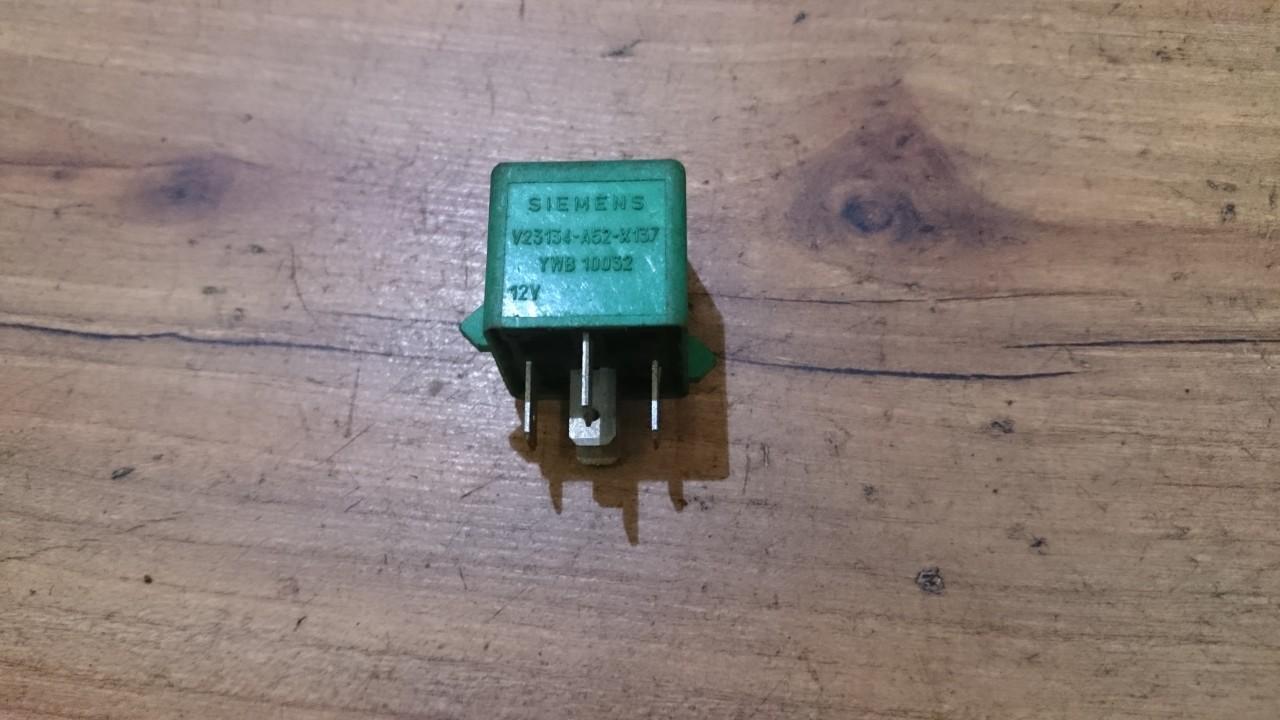 Rele V23134A52X137 YWB 10032 Rover 45 2000 1.8