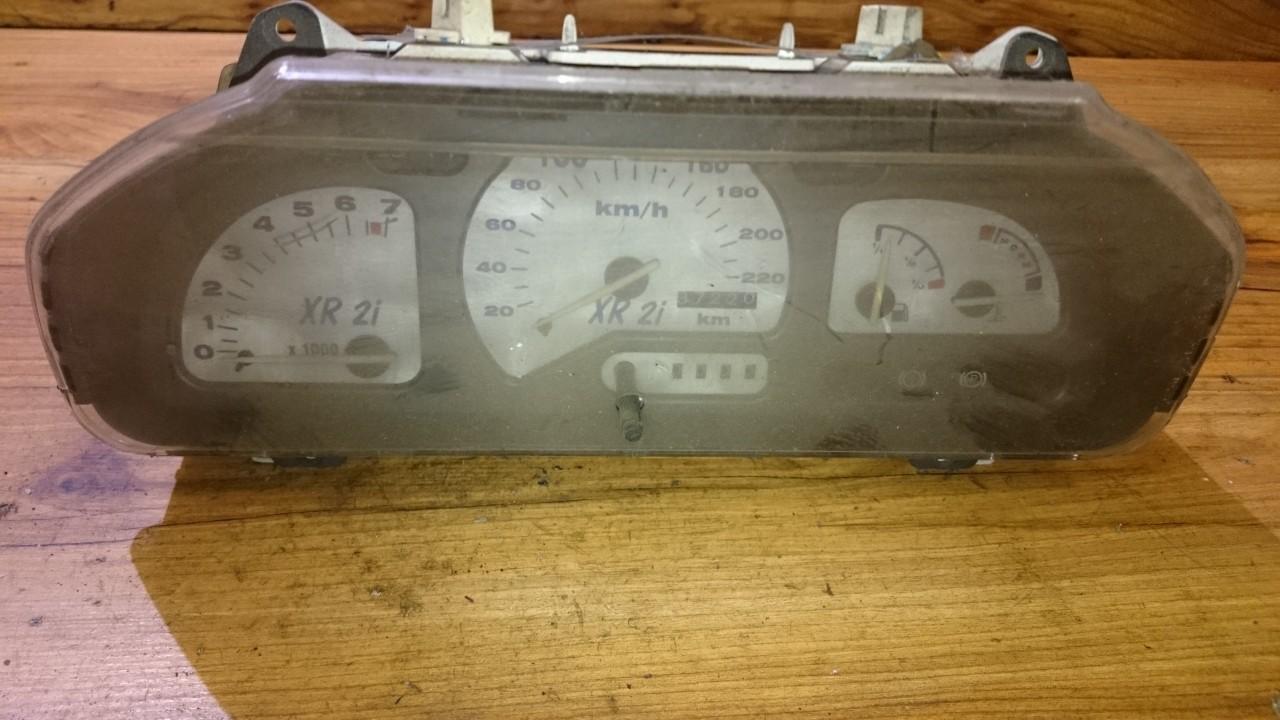 Spidometras - prietaisu skydelis 89FB10848 89FB-10841-BC Ford FIESTA 1996 1.2