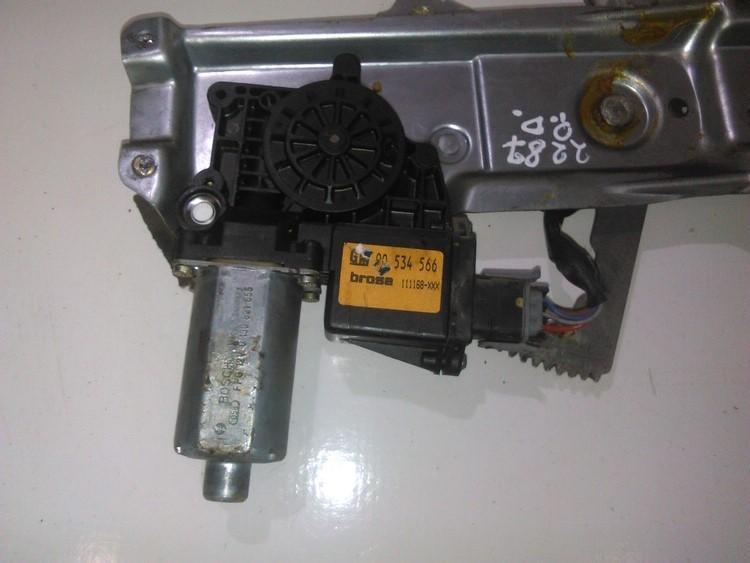 Моторчик стеклоподъемника - передний правый 90534566 0130821655 Opel TIGRA 1995 1.6