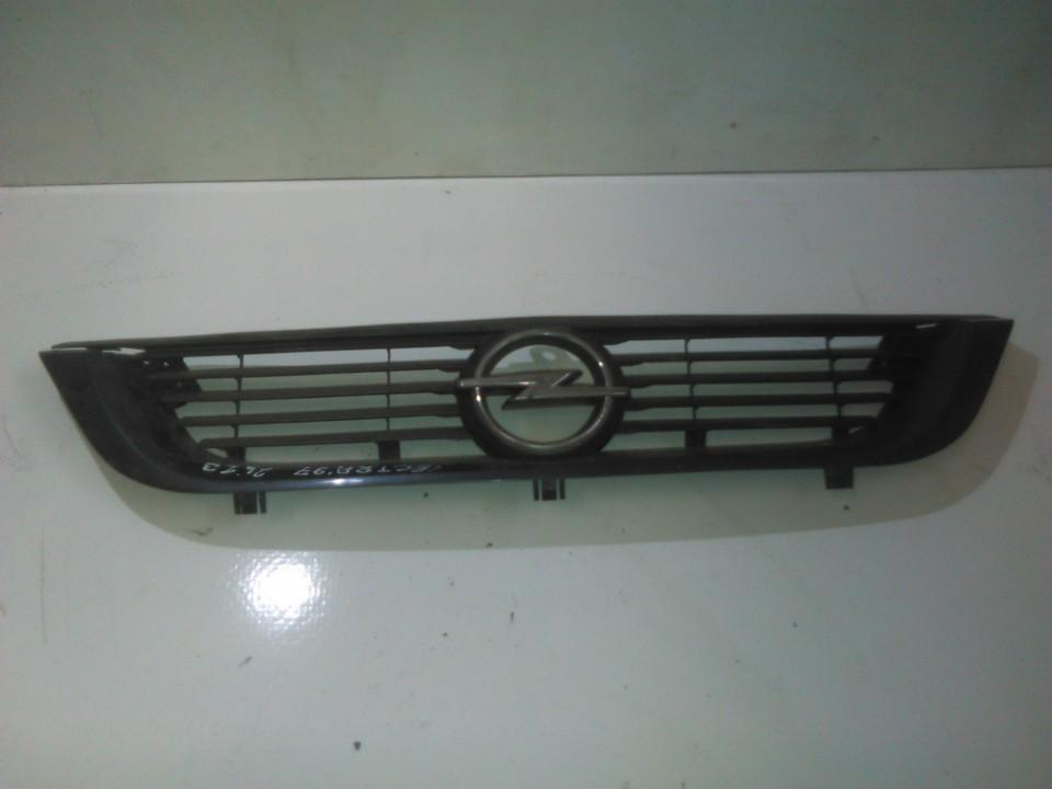 Front hood grille 90568226 22256 Opel VECTRA 2006 1.9